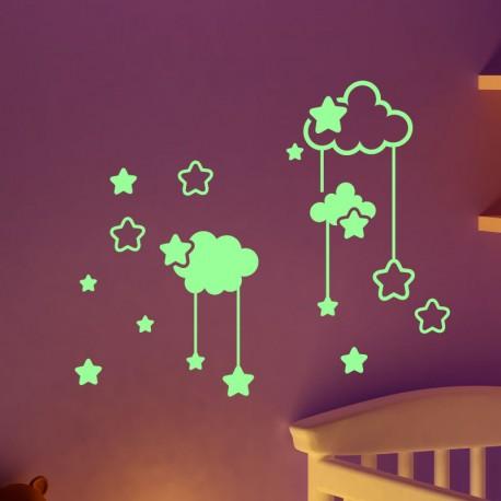 sticker phosphorescent nuages et les toiles pas cher stickers nature discount stickers. Black Bedroom Furniture Sets. Home Design Ideas