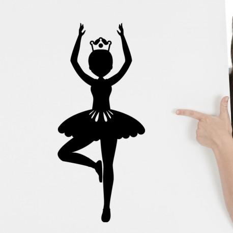 Sticker danseuse de balais