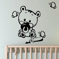 Sticker bébé ours avec des papillons