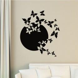 Sticker papillon en pleine lune