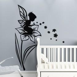 Sticker fée assise sur une fleur