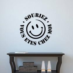 Sticker Souriez,vous êtes chez moi