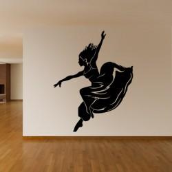 Danseuse portant une longue robe