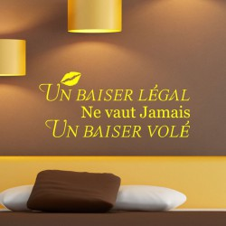 Sticker citation Un baiser légal